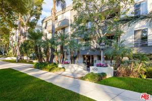 Photo of 450 North OAKHURST Drive #102, Beverly Hills, CA 90210 (MLS # 18304912)
