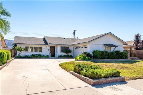 Photo of 672 West SANTA PAULA Street, Santa Paula, CA 93060 (MLS # 219012913)