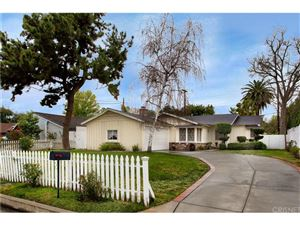 Photo of 5655 SALE Avenue, Woodland Hills, CA 91367 (MLS # SR19033913)