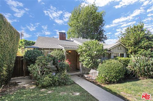 Photo of 6031 ALCOVE Avenue, Valley Glen, CA 91606 (MLS # 19523916)