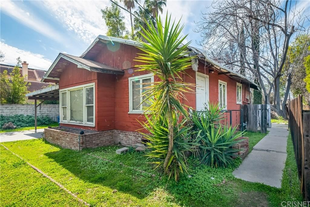 Photo of 5849 DONNA Avenue, Tarzana, CA 91356 (MLS # SR20036917)