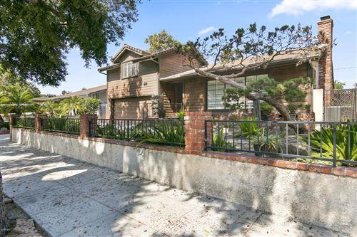 Photo of 1715 West West OAK Street, Burbank, CA 91506 (MLS # 219011920)