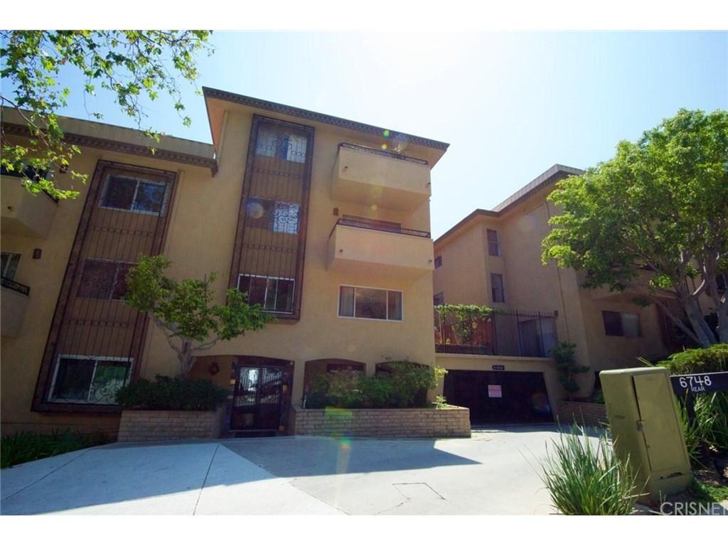 Photo for 6748 HILLPARK Drive #208, Los Angeles , CA 90068 (MLS # SR18115920)
