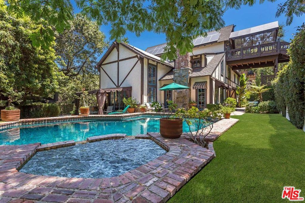 Photo for 4450 BALBOA Avenue, Encino, CA 91316 (MLS # 19479922)