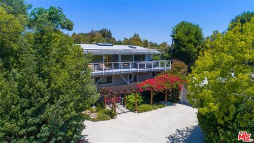 Photo of 28873 BONIFACE Drive, Malibu, CA 90265 (MLS # 19440924)