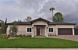 Photo of 1151 East AVENIDA DE LAS FLORES, Thousand Oaks, CA 91360 (MLS # 218002926)