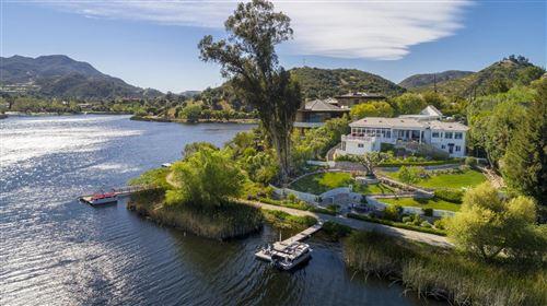 Photo of 296 DAVID Lane, Lake Sherwood, CA 91361 (MLS # 219009928)