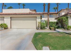 Photo of 510 FLOWER HILL Lane, Palm Desert, CA 92260 (MLS # SR17181929)