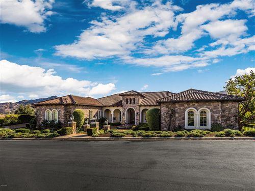 Photo of 98 QUEENS GARDEN Drive, Thousand Oaks, CA 91361 (MLS # 219009931)