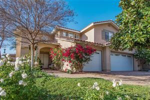 Photo of 3287 OLIVEGROVE Place, Thousand Oaks, CA 91362 (MLS # 218001932)