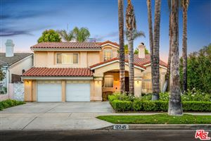 Photo of 12245 LA MAIDA Street, Valley Village, CA 91607 (MLS # 18394934)