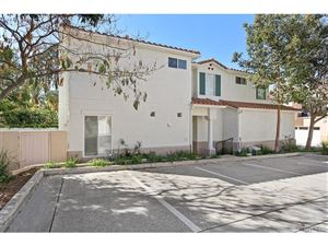 Photo of 11816 SAN TROPEZ Place, Moorpark, CA 93021 (MLS # SR18041934)