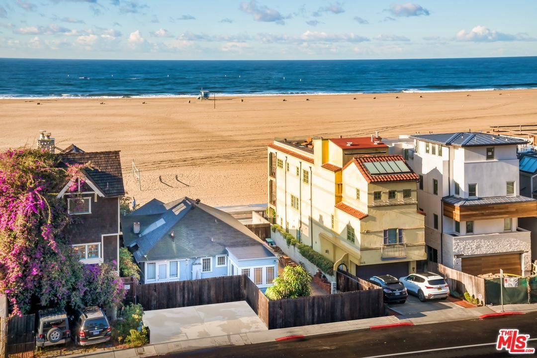 Photo of 1419 PALISADES BEACH Road, Santa Monica, CA 90401 (MLS # 20545934)