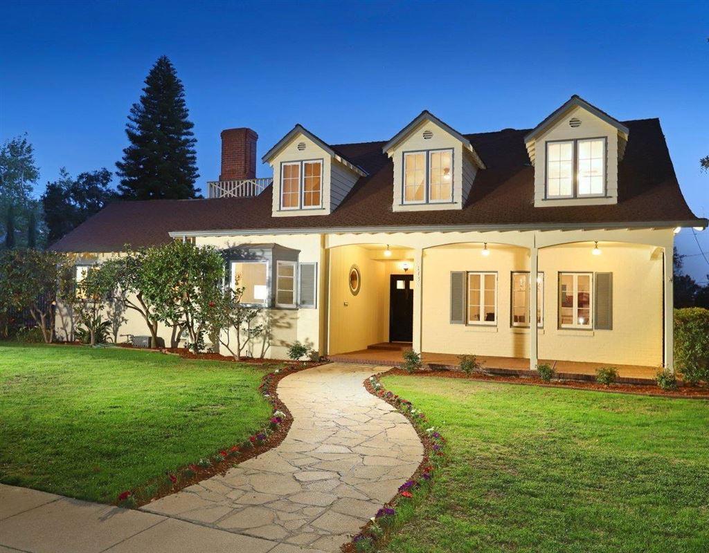 Photo for 1734 HILLSIDE Drive, Glendale, CA 91208 (MLS # 318000935)