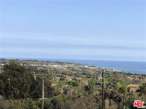Photo of 29805 CUTHBERT Road, Malibu, CA 90265 (MLS # 19478936)
