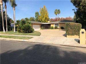 Photo of 22511 SYLVAN Street, Woodland Hills, CA 91367 (MLS # SR18275936)