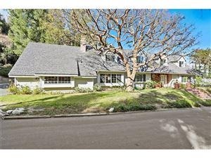 Photo of 24975 KIT CARSON Road, Hidden Hills, CA 91302 (MLS # SR18046938)