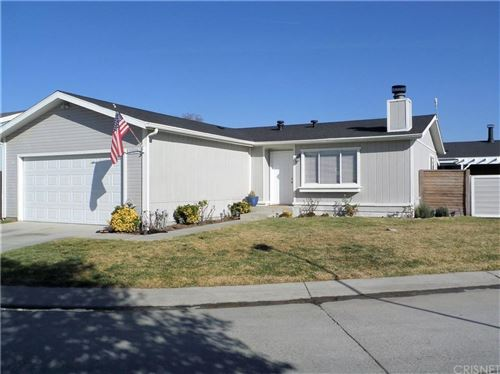 Photo of 20039 COTTONWOOD Drive, Canyon Country, CA 91351 (MLS # SR20009939)