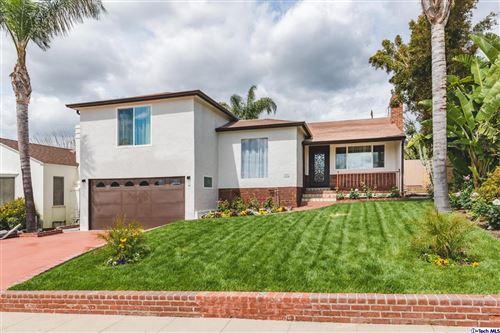 Photo of 1055 East ANGELENO Avenue, Burbank, CA 91501 (MLS # 319003940)