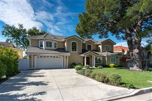 Photo of 2332 TEASLEY Street, La Crescenta, CA 91214 (MLS # 819001940)