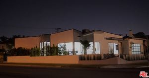 Photo of 301 North PLYMOUTH Boulevard, Los Angeles , CA 90004 (MLS # 18309942)