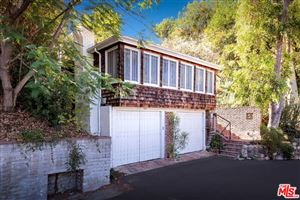 Photo of 11588 LAURELCREST Drive, Studio City, CA 91604 (MLS # 18394942)