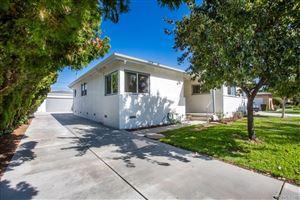 Photo of 6300 SHIRLEY Avenue, Tarzana, CA 91335 (MLS # SR19241942)