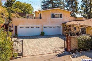 Photo of 521 East MOUNTAIN Street, Glendale, CA 91207 (MLS # 318001944)