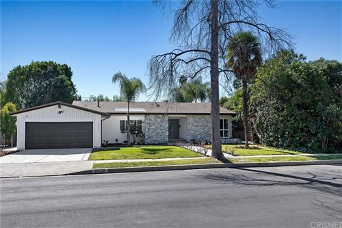 Photo of 23340 LADRILLO Street, Woodland Hills, CA 91367 (MLS # SR20033944)