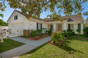 Photo of 565 ROSALINDA Drive, Oxnard, CA 93030 (MLS # 218013947)
