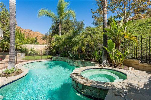 Photo of 1034 LAMBOURNE Place, Oak Park, CA 91377 (MLS # 219010949)