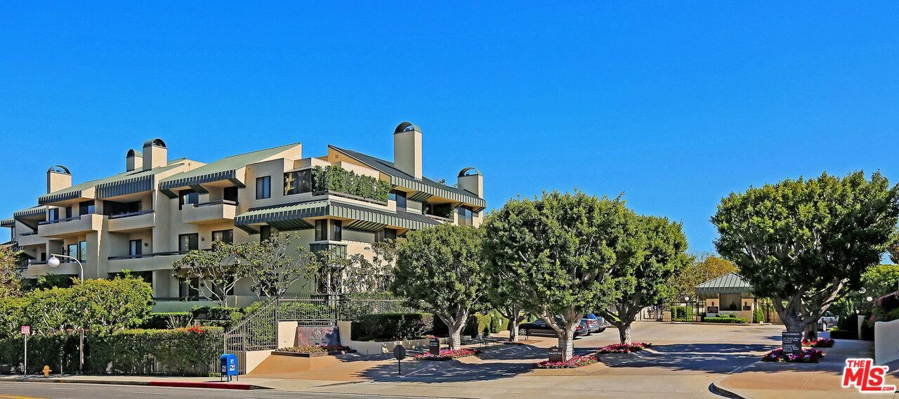 Photo of 2278 CENTURY HILL, Los Angeles , CA 90067 (MLS # 19506950)