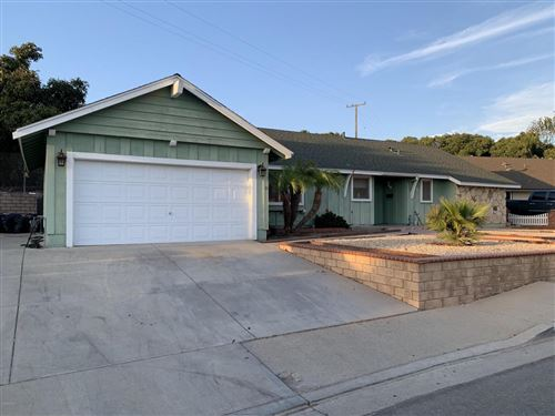 Photo of 545 FOOTHILL Road, Santa Paula, CA 93060 (MLS # 219011953)