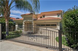 Photo of 22137 AVENUE SAN LUIS, Woodland Hills, CA 91364 (MLS # SR19136955)