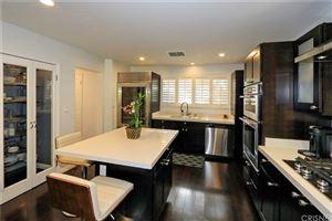 Photo of 5808 GRAVES Avenue, Encino, CA 91316 (MLS # SR19084957)