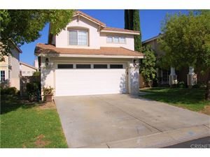 Photo of 26510 SNOWBIRD Place, Canyon Country, CA 91351 (MLS # SR18196962)