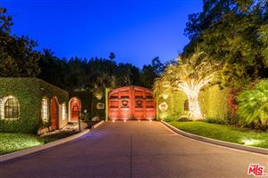 Photo of 2727 BENEDICT CANYON Drive, Beverly Hills, CA 90210 (MLS # 19449964)