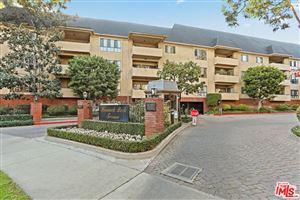 Photo of 641 WILCOX Avenue #2F, Los Angeles , CA 90004 (MLS # 18350966)