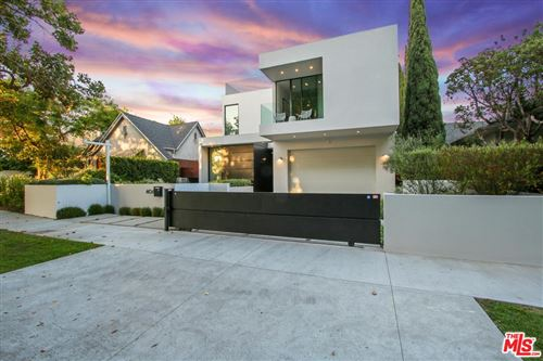 Photo of 406 South SYCAMORE Avenue, Los Angeles , CA 90036 (MLS # 19481966)