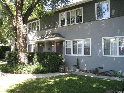 Photo of 13573 MOORPARK Street, Sherman Oaks, CA 91423 (MLS # SR19275966)