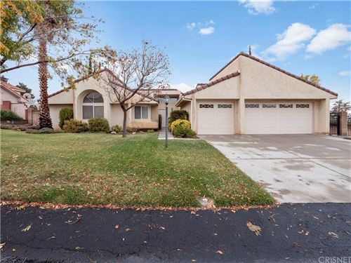 Photo of 41165 RIDGEGATE Lane, Palmdale, CA 93551 (MLS # SR19277966)