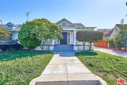 Photo of 202 North SERRANO Avenue, Los Angeles , CA 90004 (MLS # 19525968)