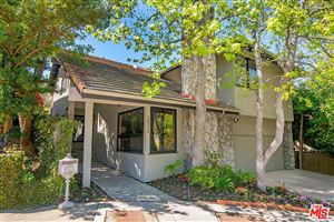 Photo of 10312 CLUSTERBERRY Court, Los Angeles , CA 90077 (MLS # 18333970)