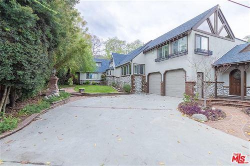 Photo of 5024 HILL Street, La Canada Flintridge, CA 91011 (MLS # 20563970)
