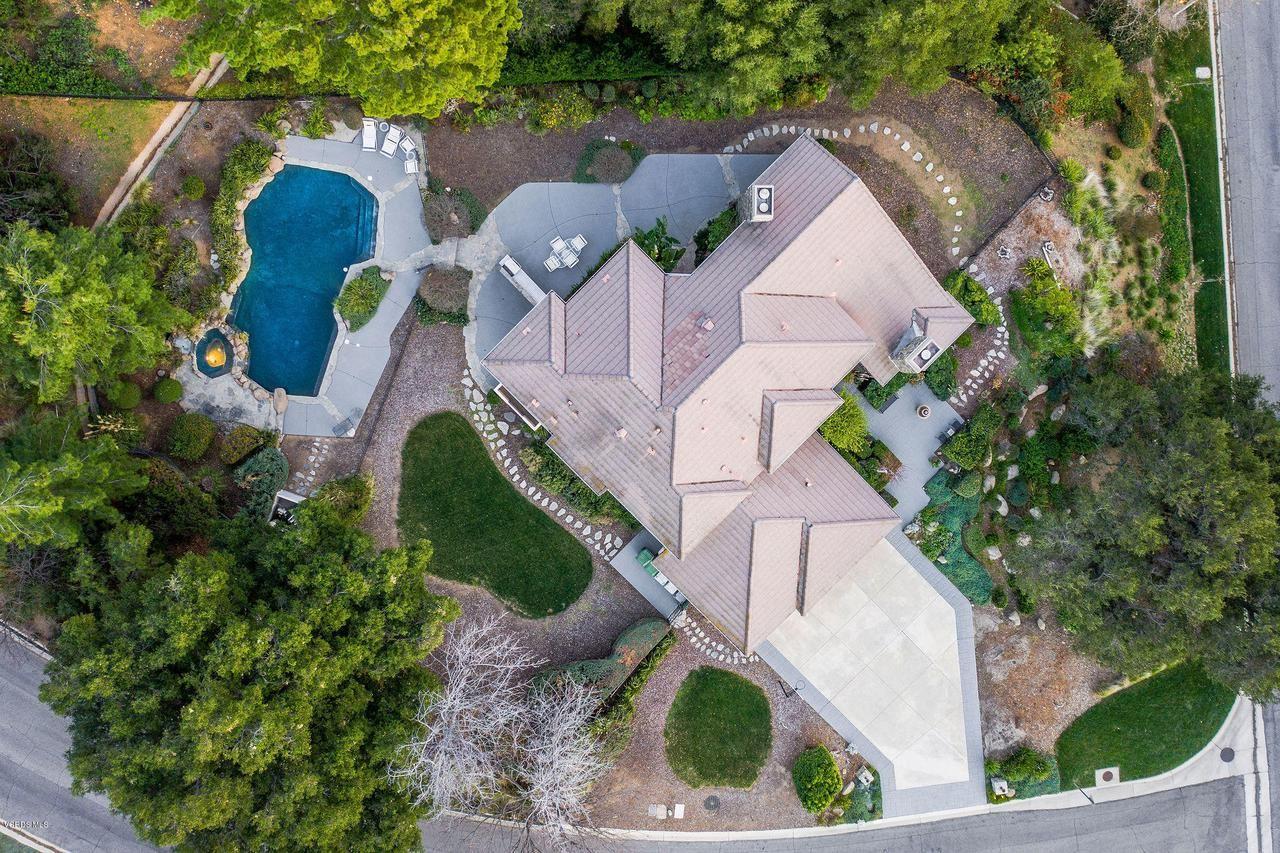 Photo of 5462 EDGECLIFF Circle, Westlake Village, CA 91362 (MLS # 220001970)