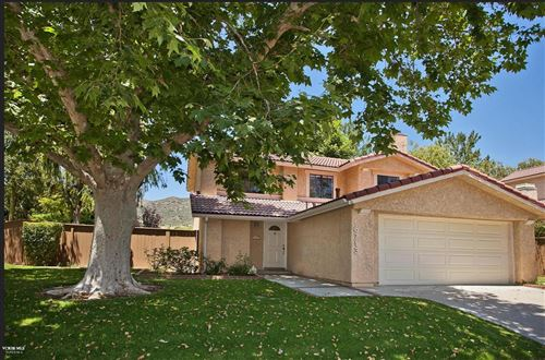 Photo of 6713 SINGLETREE Lane, Oak Park, CA 91377 (MLS # 220002972)