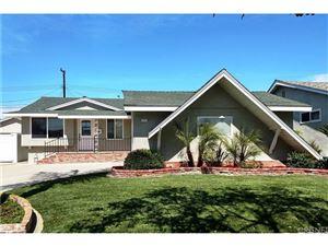 Photo of 11319 214TH Street, Lakewood, CA 90715 (MLS # SR18065975)
