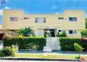 Photo of 2922 South BUDLONG 1/2 Avenue, Los Angeles , CA 90007 (MLS # 19468978)