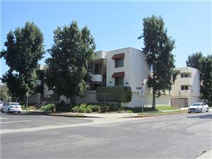 Photo of 18656 COLLINS Street #4, Tarzana, CA 91356 (MLS # SR19216980)