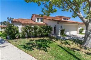 Photo of 607 WESTCHESTER Lane, Thousand Oaks, CA 91320 (MLS # 219004982)